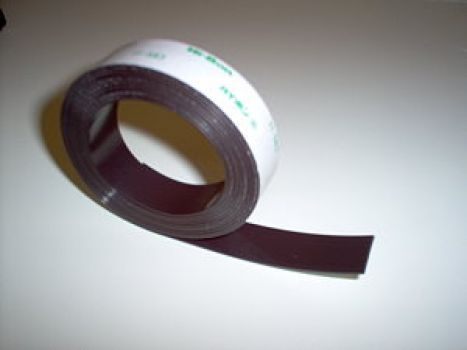 Selbstklebendes Magnetband 20 mm breit x 1,5 mm dick